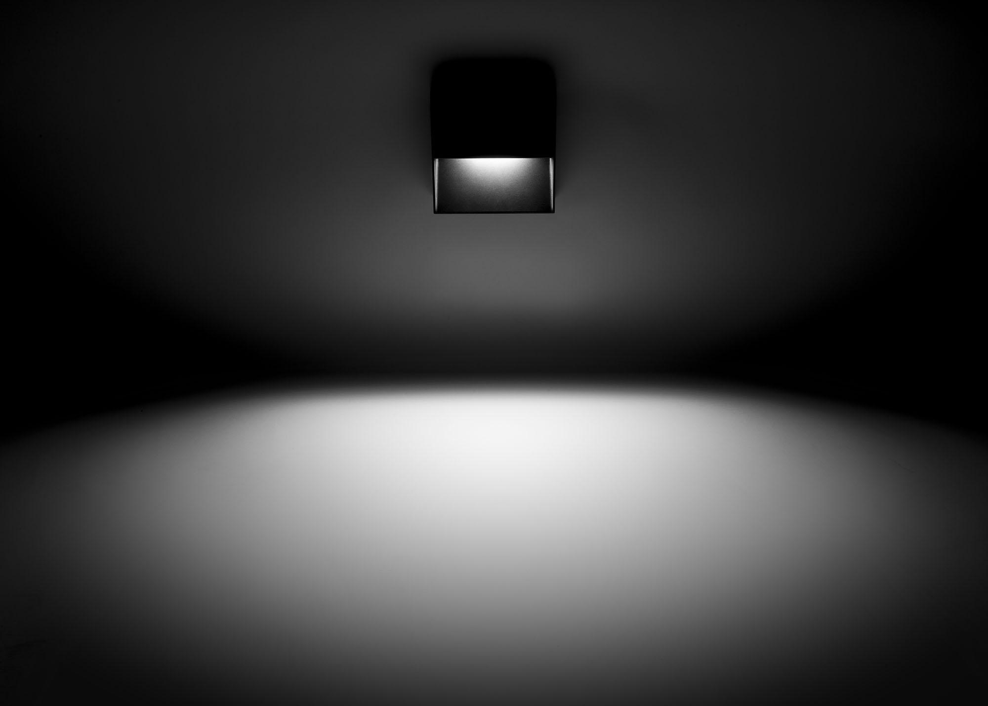 MGL9006 ORL Q Anthrazit Lichtwirkung
